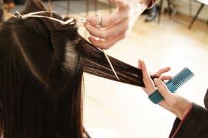 womans haircut