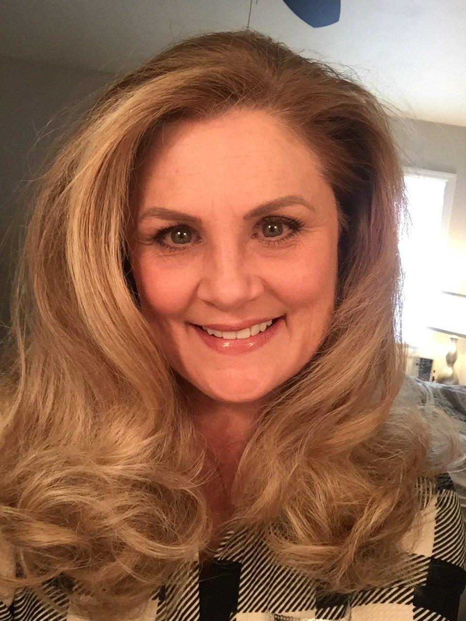 Meet Kim Brockner Aveda Alumi