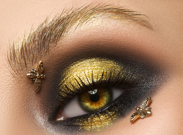 bee eye makeup