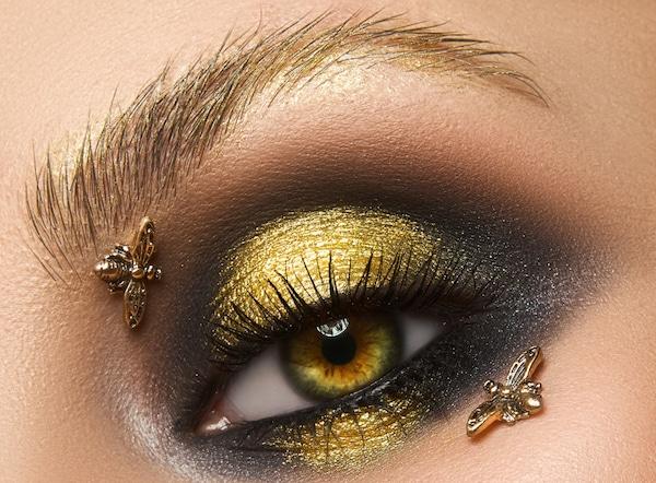 bee eye makeup